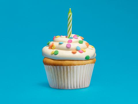 sejarah perkembangan versi android android-cupcake