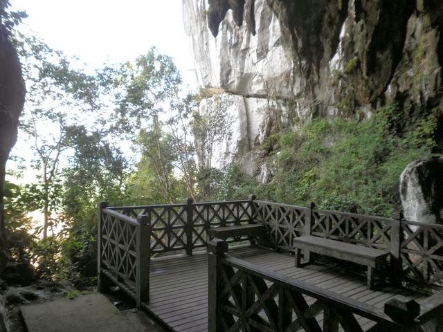 Gua-Pari-Fairy-Cave