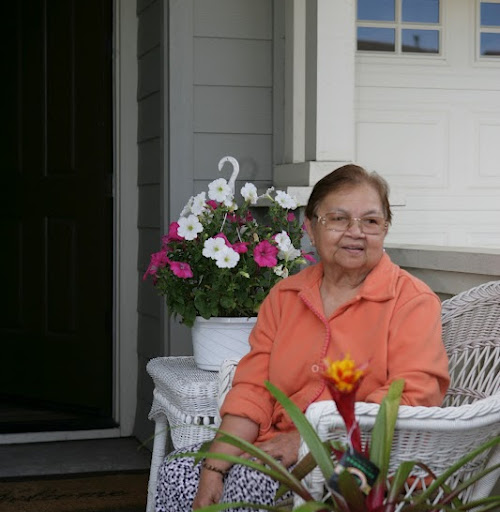 Gloria Cruz