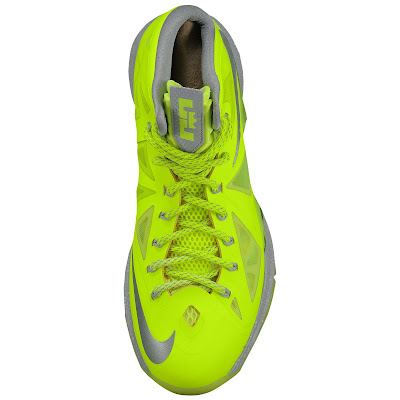 nike lebron 10 ss atomic volt dunkman 1 03 Nike, This is How We Want Our Volts! With Diamond Cut Swoosh.