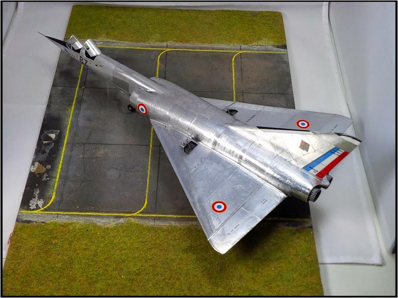 GAMD Mirage IV B. Un gros mirage IV, en scratch et au 72 IMG_20141007_191614
