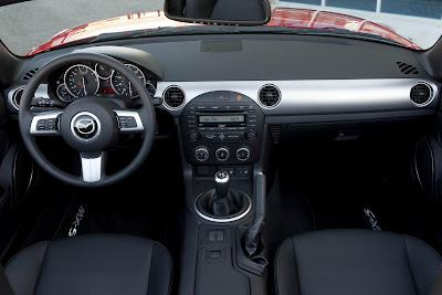 Mazda_Miata-MX5_2011_Interior_01_1920x1280