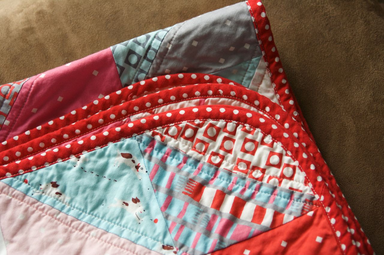 a quilt is nice: rounded quilt corners tutorial : quilts corner - Adamdwight.com