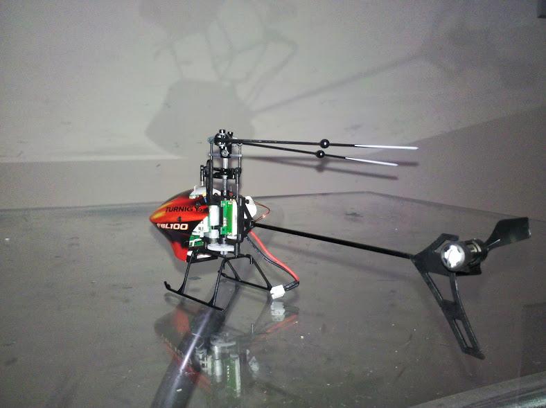 [Review] Turnigy FBL100 3D com todos servos tremendo  IMG_20130827_205137