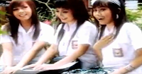 Lirik Lagu Bali Trio Kirani - Melajah Sambil Metunangan