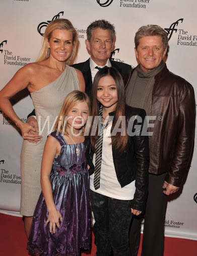 11/19/10 - An Intimate Evening with David Foster & Friends - Bridle Path, Toronto, Canada 107030950