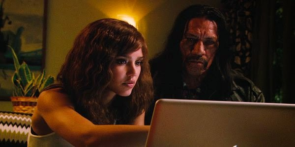Screen Shot Of Hollywood Movie Machete (2010) Download And Watch Online Free at alldownloads4u.com