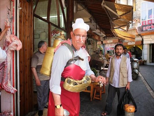 venedor de cafè pel basar