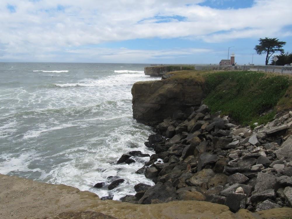 Surf spot close to Santa Cruz