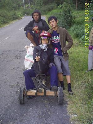 Transportasi Tradisional. Formula satu. Pendakian Gunung Lawu