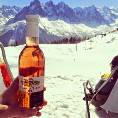 Drinks on the piste in the sunshine