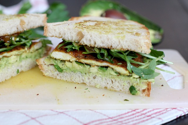 perfect lunch: curry chicken sandwich with mango chutney and avocado