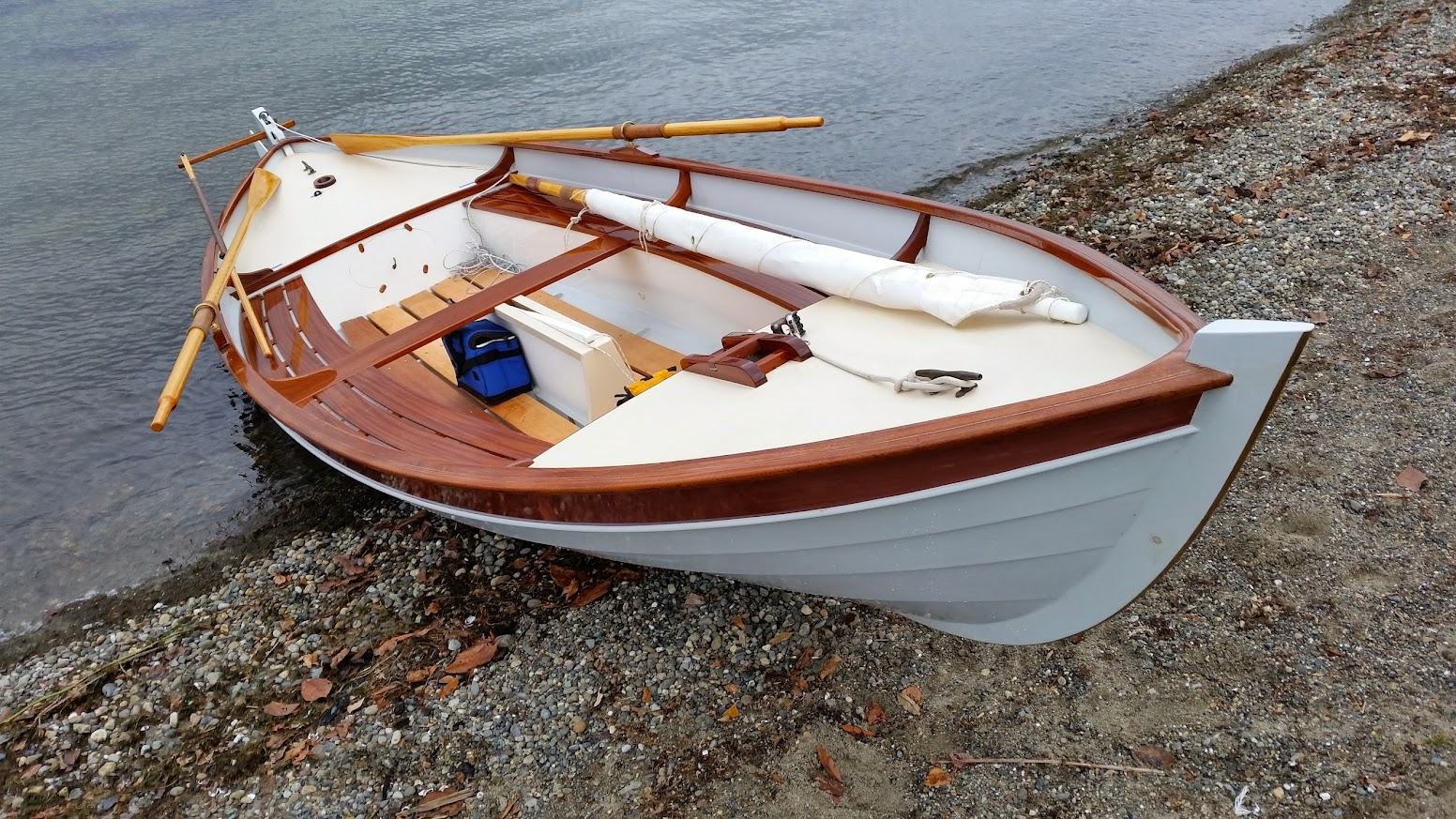 Finally launched my Iain Oughtred designed Arctic Tern : buildaboat