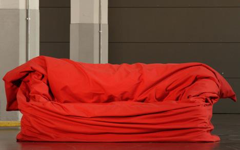 Coba Coba Gonzo Form Follow Mood Moody Couch Karya