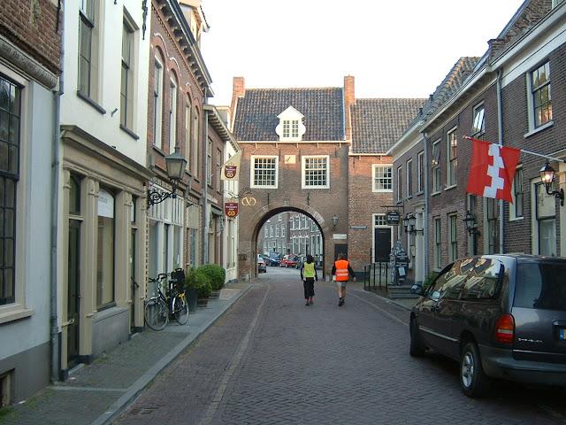 Nuit de Betuwe (NL); 110km ou 80km: 8-9/06/2012 DSCF0012