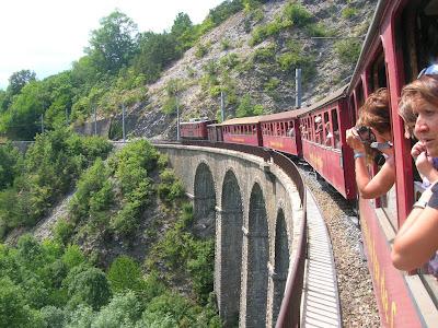 transito sul viadotto di Loulla