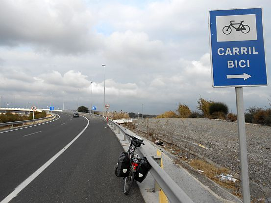 CARRIL BICI: Fahrrad-Ausfahrt auf der Autovia bei Algeciras