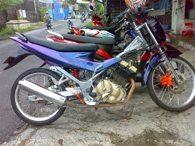 Modifikasi Motor Revo Fit