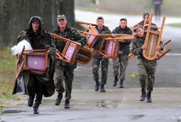 Оккупанты на Луганщине расхищают деньги, выделенные на ремонт боевых машин, - разведка - Цензор.НЕТ 7931