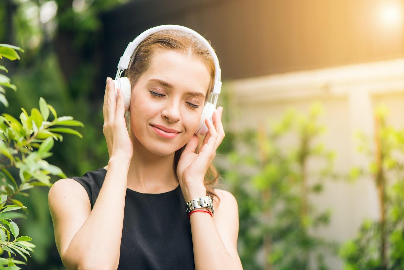 chủ động nghe giúp tiếp thu dễ dàng và hiệu quả hơn  | ELSA Speak