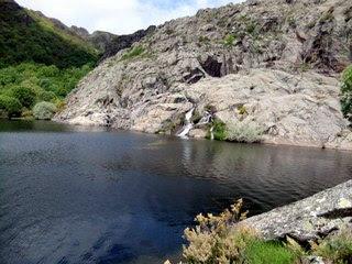 Detalle del cañón del río Tera en su llegada a la poza de las Cuevas de San Martín