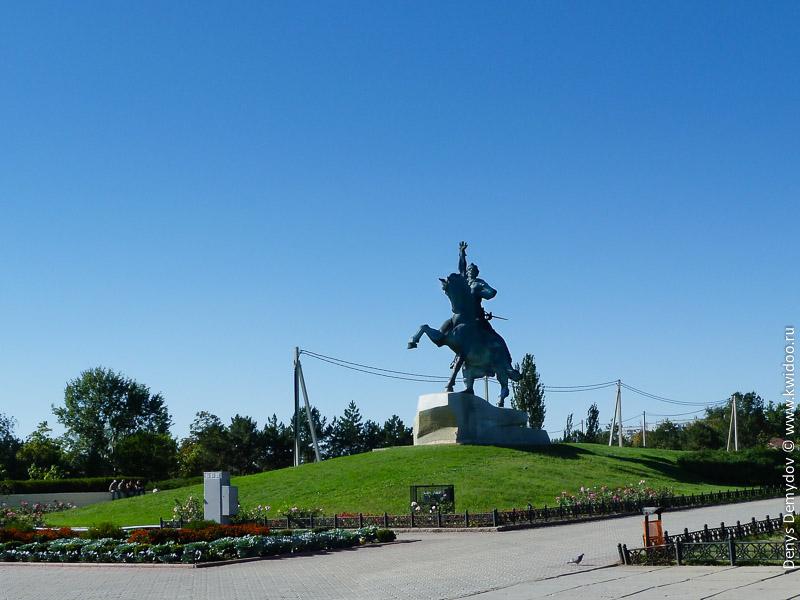 Площадь Кутузова в Тирасполе.