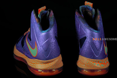nike lebron 10 gs galaxy 2 08 A Detailed Look at Nike LeBron X GS Galaxy (543564 500)