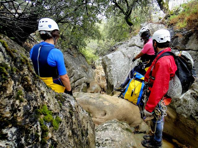 29/09/2013 Crónica del descenso del Barranco del Pajaruco. DSC06208