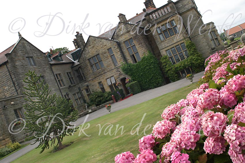 DUNSLEY HALL IS A LOVELY INTIMATE WEDDING VENUE NEAR WHITBY ON THE NORTH YOPRK MOORES SEA COAST