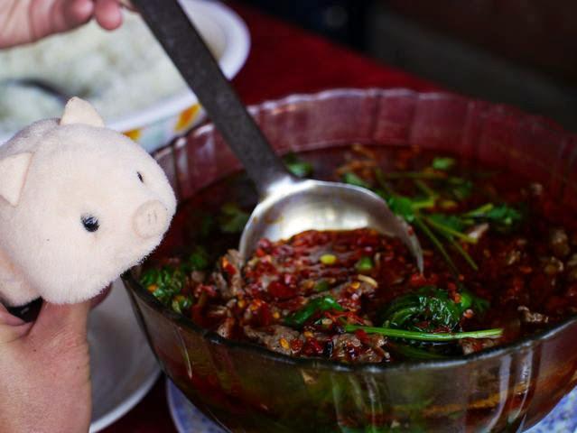 達人帶路-環遊世界-尼泊爾-長江餐廳水煮牛