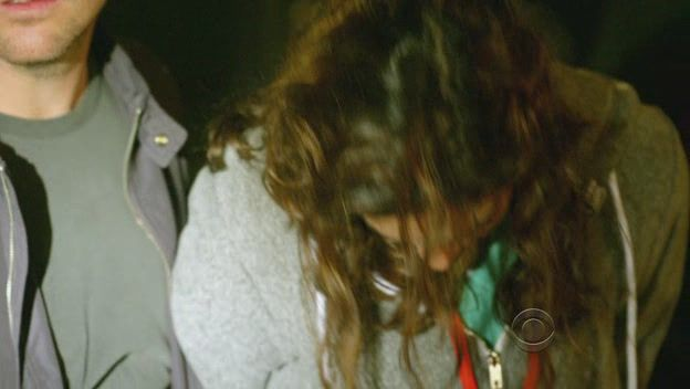 Kensi y sus alias NCIS_Los_Angeles_S01E13_HDTV_XviD-LOL_avi1054