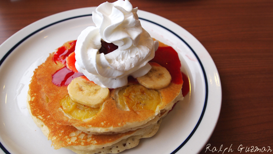 Strawberry Cheesecake Pancake at IHOP Manila - RatedRalph.com