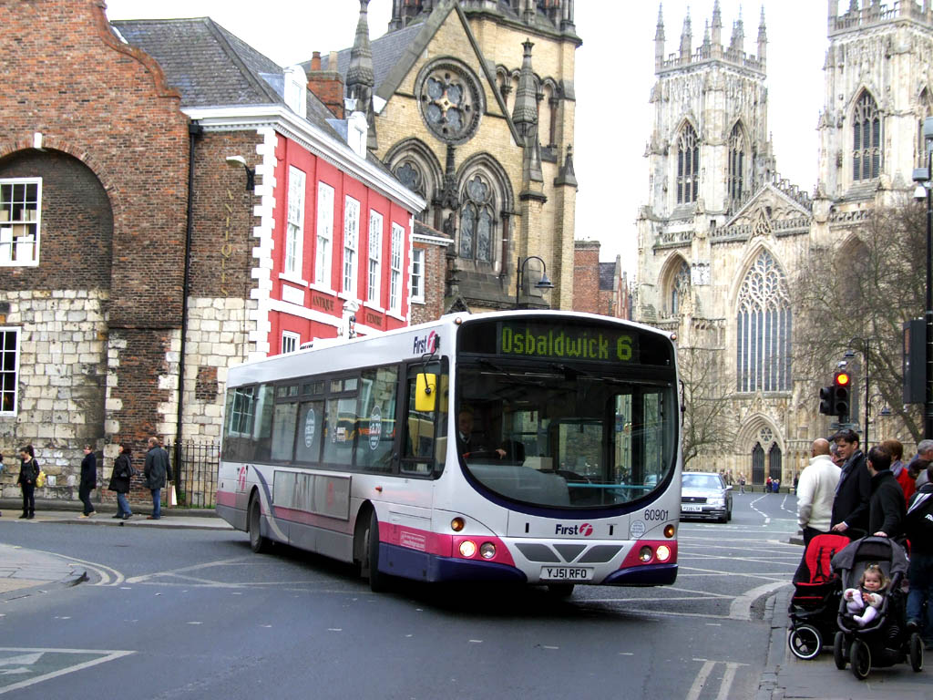 With York Minster Forming A Backcloth First 60901 Yj51 Rfo A Wright Bo D Volvo B7l Arrives In The City Centre