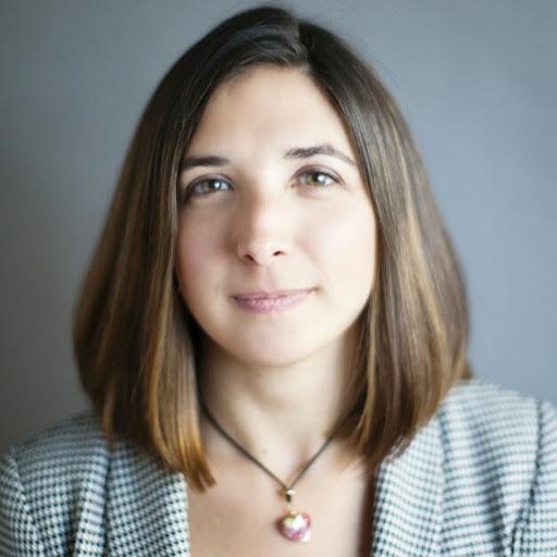 Lara Thomas