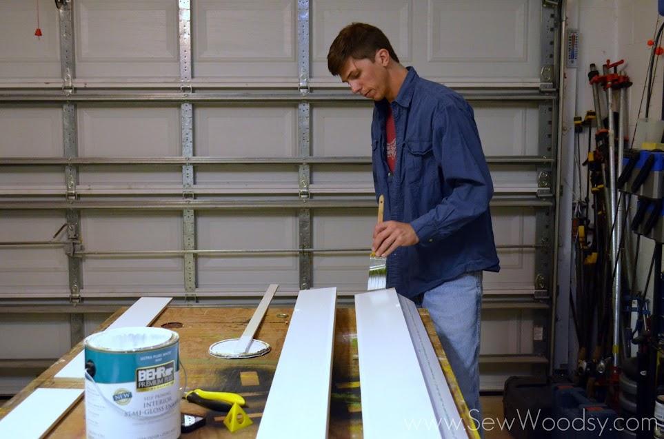 {Video} How to Frame a Builder's Grade Mirror via SewWoodsy.com