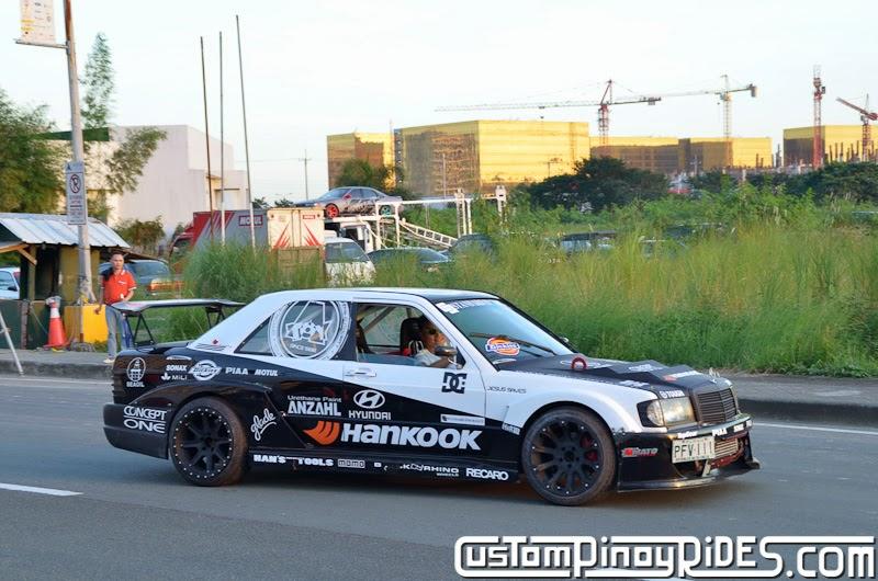 Hyundai Lateral Drift Round Drift In The City