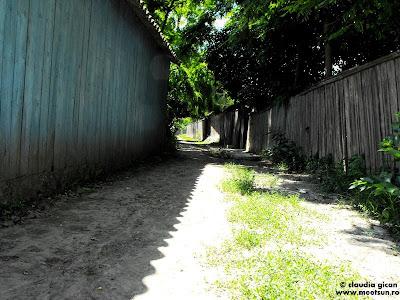 Mila 23 - la plimbare prin sat