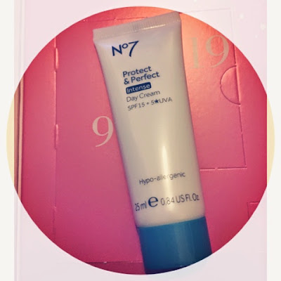 No7 Protect & Perfect Intense Day Cream