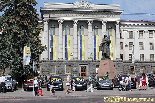 Пам'ятник Т.Г.Шевченку в Луцьку