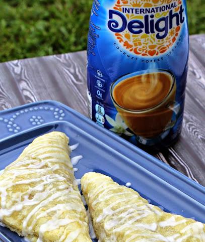 Apple Turnover Recipe with French Vanilla Glaze #IDelight