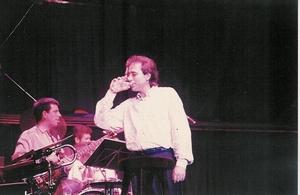 Con Serrat, 1990 Buenos Aires, Luna Park