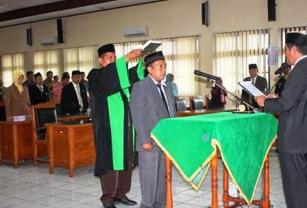 berita terkait pelantikan PASW dprd Kabupaten Ngawi