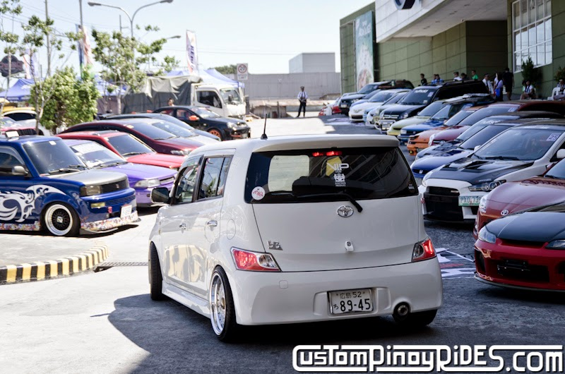 Slammed and Stanced Brothers Toyota bB1 and bB2 Custom Pinoy Rides Car Photography Manila Philippines Philip Aragones THE aSTIG pic17