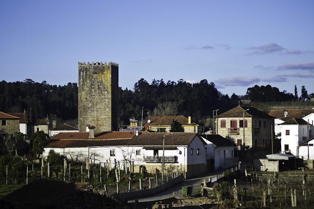 Lapela e a súa torre