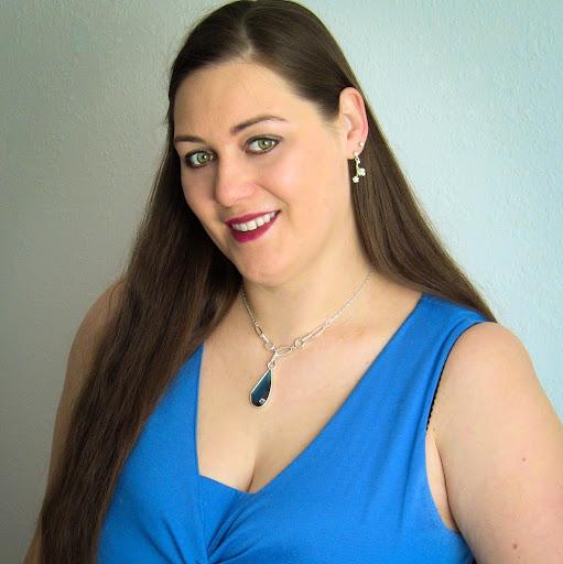 Alicia Schroeder Photo 18