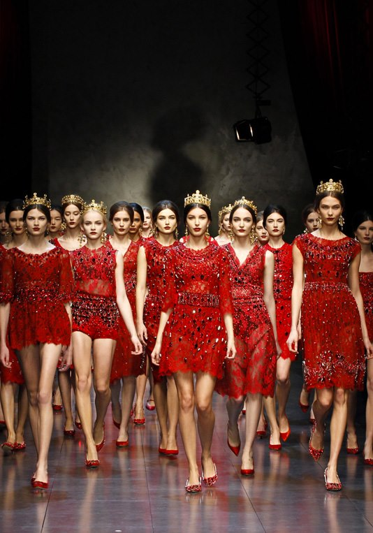 dolce_gabbana_runway_show_fall_winter_2013_2014