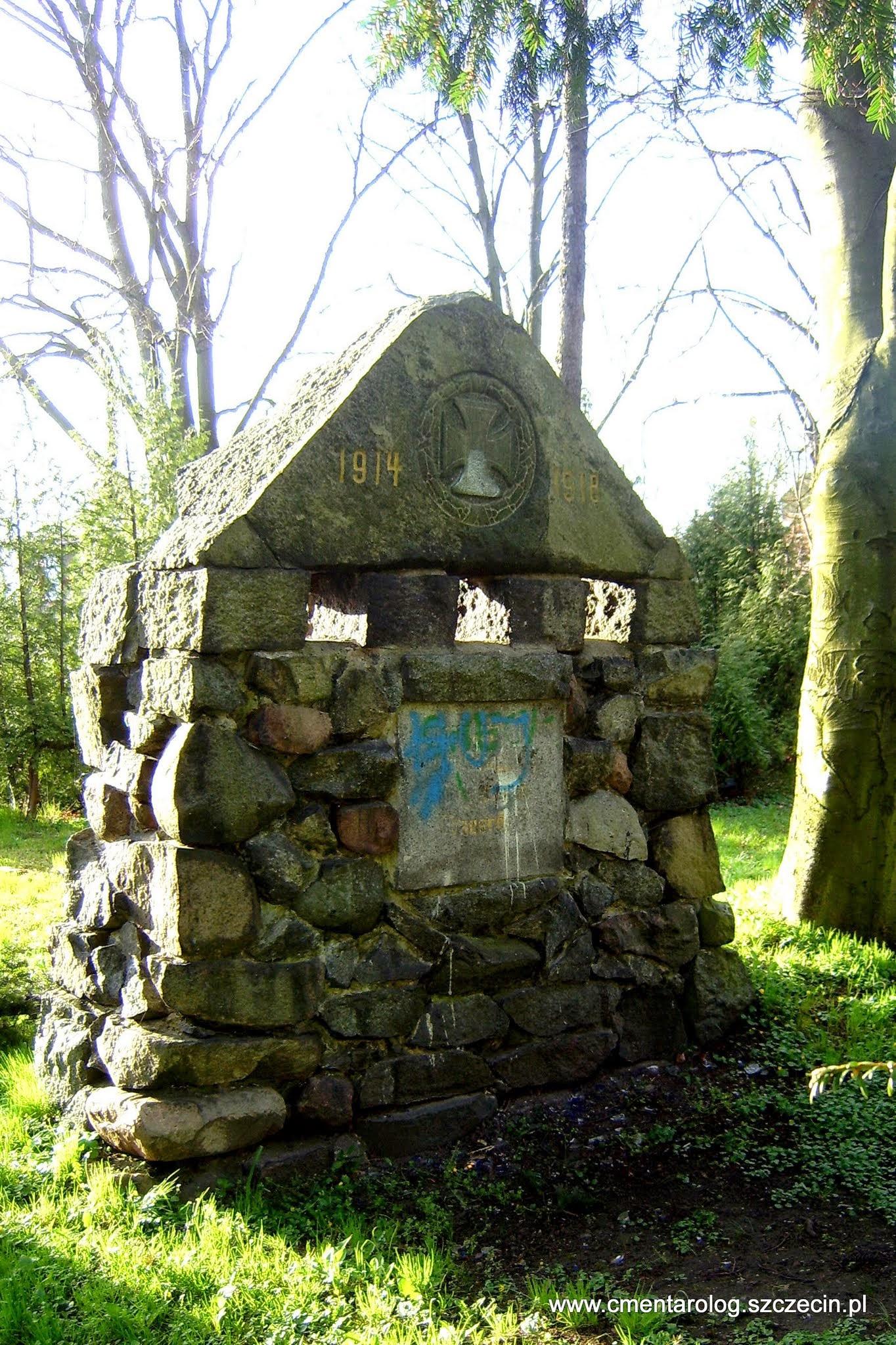 pomnik pierwszowojenny na Golęcinie (Frauendorf)