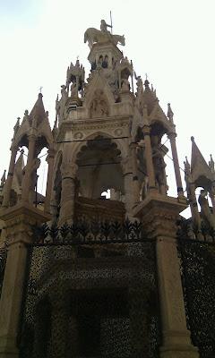Santa Maria Antica, Via Arche Scaligere, 3, 37121 Verona VR, Italy
