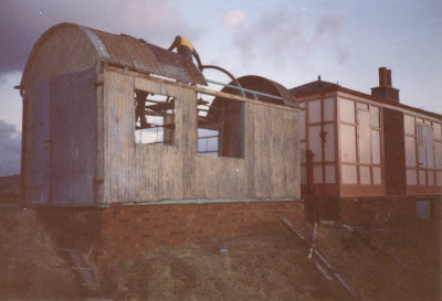"The ""Bovey"" Hut (rescued from Bovey Tracey) being re-erected at Totnes Littlehempston. 13th January 1991. Photo: Les Hawkins."
