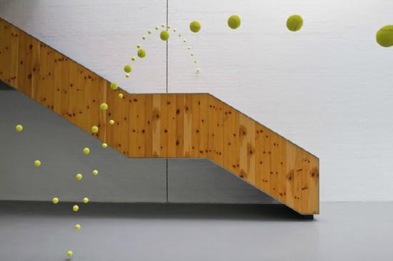 https://lh6.googleusercontent.com/-NDlpC7ssK8o/T1eKe7vfTgI/AAAAAAAAF2o/LNLqUh2OoCo/s550/2000-tennis-balls-frozen12-550x366.jpg